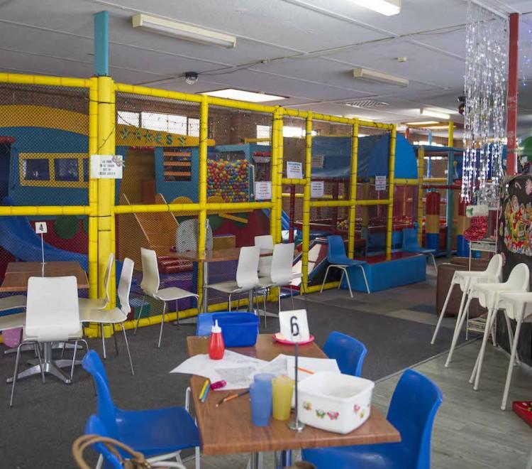 Zippy Doo Playhouse and Cafe